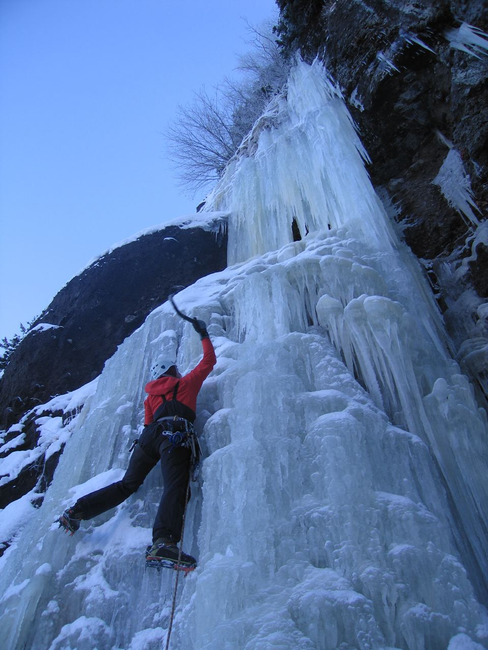 another scene from hylite canyon during the icebreaker